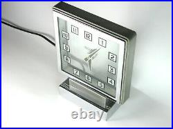 A English made Smiths'Mystery' electric mantle clock from 1930s