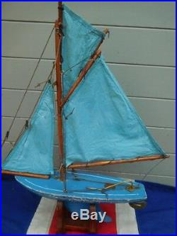 Beautiful Antique Vintage Baby Blue English Pond Yacht Sailing Boat Display