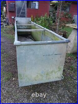 Large Water tight vintage Galvanise Tank Garden Water feature harvester
