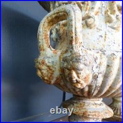 Pair Of Quality Antique Vintage Cast Iron Garden Urns Urn Planters Rwi5270