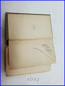 THE KING IN YELLOW, Robert W. Chambers, 1895, 1ST Edition Antique Vintage D5