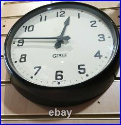 Vintage Large Gents Bakelite Circular Office Wall Clock